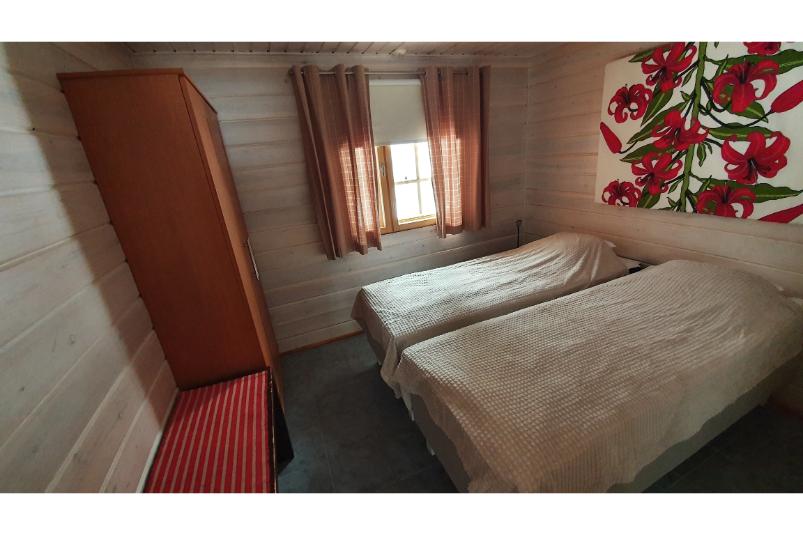 Tilhi Chalet Bedroom